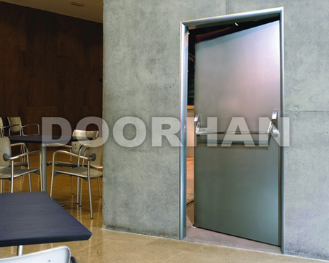 mnogofunktsionalnye-tehnicheskie-dveri-doorhan-17262-big